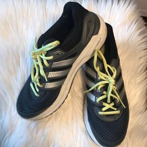 Adidas duramo 6 tennis shoes, size 8.5